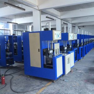 semi-automatic blowing machine in production